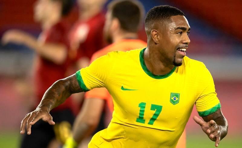Malcom comemora o gol da vitória na final Brasil x Espanha nas Olimpíadas de Tóquio