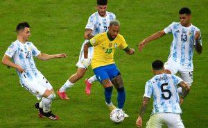 Neymar na final Brasil x Argentina, na Copa América 2021, no Maracanã