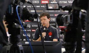 Fernando Diniz é apresentado no Vasco para a disputa da Série B 2021