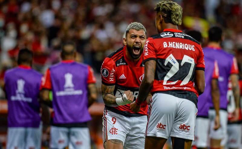Gabigol e Bruno Henrique, do Flamengo, na semifinal da Libertadores 2021