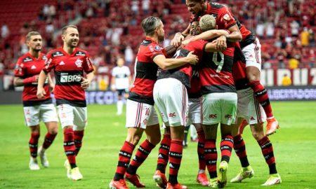 Flamengo x Olimpia na Libertadores 2021, no Mané Garrincha, em Brasília