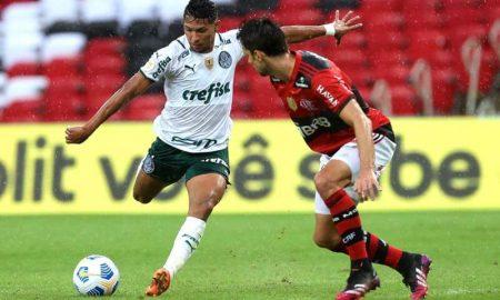 Flamengo x Palmeiras no primeiro turno do Brasileirão 2021; o Rubro-Negro levou a melhor no Maracanã
