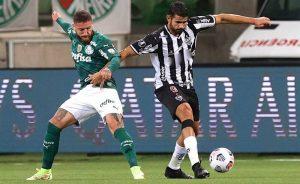 Lance de Palmeiras x Atlético-MG, jogo de ida das semifinais da Libertadores 2021