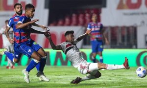 Lance de São Paulo x Fortaleza, jogo de ida das quartas de final da Copa do Brasil 2021