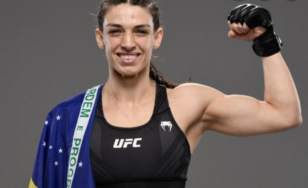 Mackenzie Dern é lutadora peso-palha do UFC