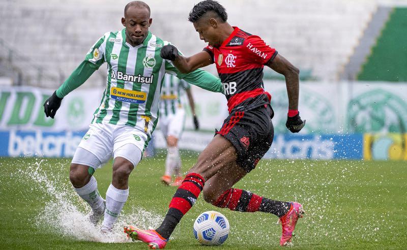 Juventude x Flamengo no primeiro turno do Brasileirão 2021