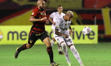 Lance de Sport x Palmeiras no Brasileirão 2021